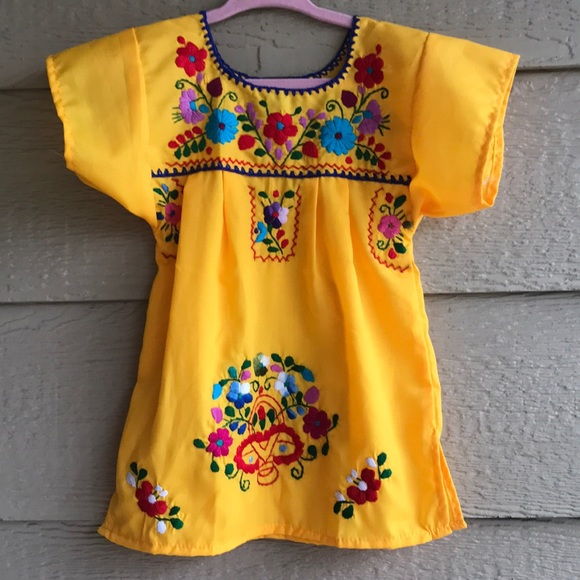 Cielito Lindo Dresses | Mexican Floral Embroidered Dress ...